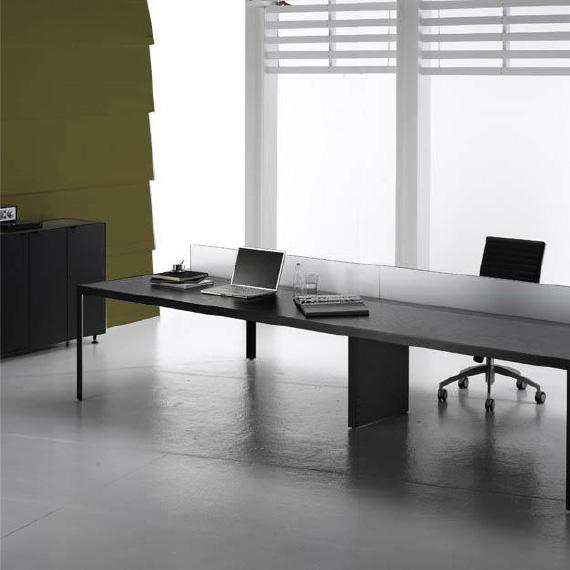 IN&OFFICE. Reforma de oficinas en Barcelona · Mobiliario de oficina