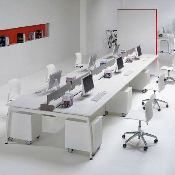 In office reforma de oficinas en barcelona mobiliario for Muebles barcelona