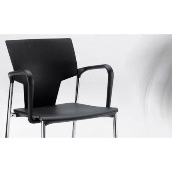 Sillas de oficina en barcelona trendy sillas with sillas for Sillas oficina barcelona