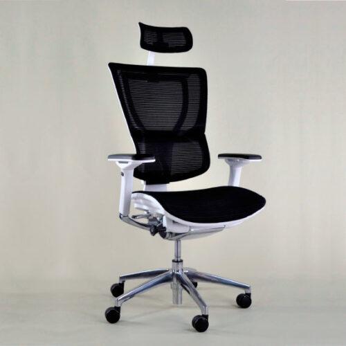In&Office. Reforma de oficinas y tienda de muebles de oficina.
