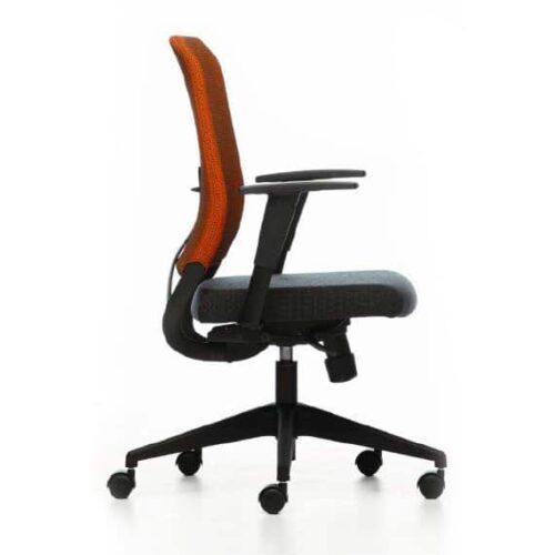 In&Office, muebles de oficina en Barcelona. Silla operativa Ankara