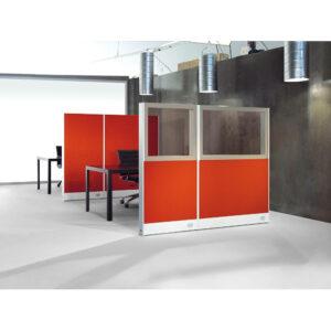 In&Office. Reforma de oficinas y tienda de muebles de oficina. Biombo mixto.