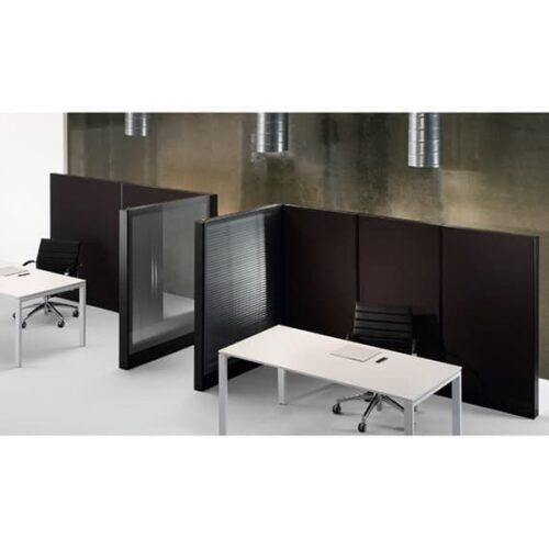 In&Office. Reforma de oficinas y tienda de muebles de oficina. Biombo persiana separador