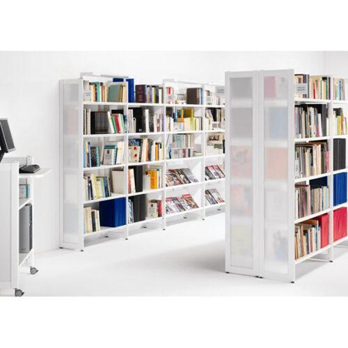 In&Office, empresa experta en la reforma de oficinas en Barcelona. Tienda de muebles de oficina.