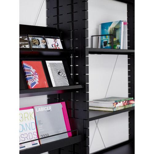 In&Office, empresa especializada en la reforma de locales comerciales, oficinas, despachos, naves industriales en Barcelona. Venta de mobiliario de oficina.