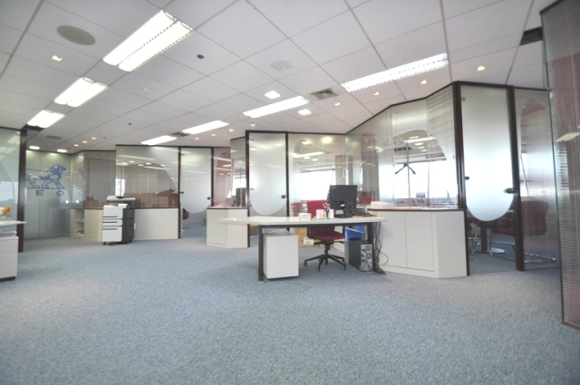 In&Office, empresa seleccionada para la reforma de unas oficinas en las Torres Mapfre en Barcelona
