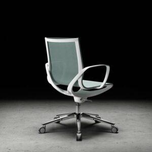 In&Office, mobiliario de oficina. Silla de dirección de oficina