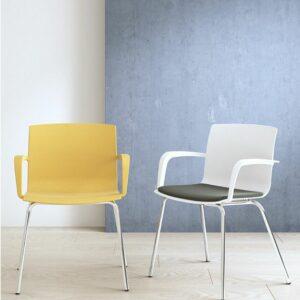 In&Office, sillas colectividades. Manila 3. Reforma de oficinas y mobiliario de oficina en Barcelona