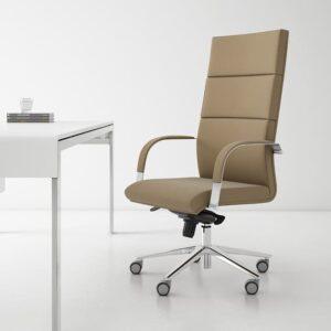 In&Office, mubles de oficina en Barcelona. Reforma de oficinas en Barcelona. Silla giratoria de dirección. Silla Belice